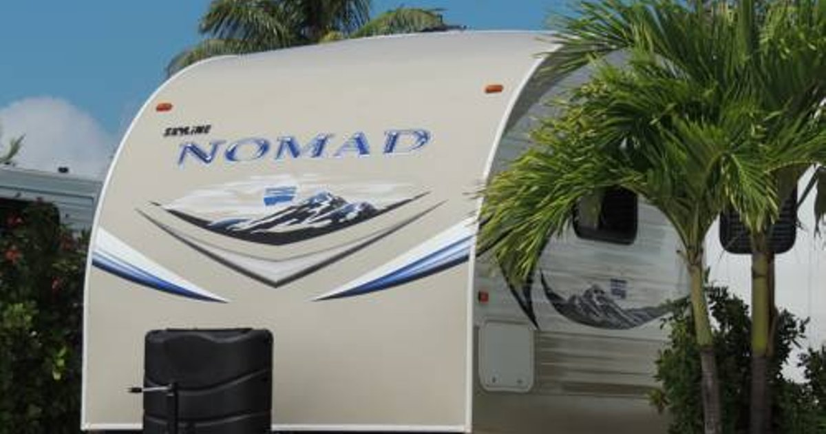 Sunshine Key Elite Travel Trailer 17