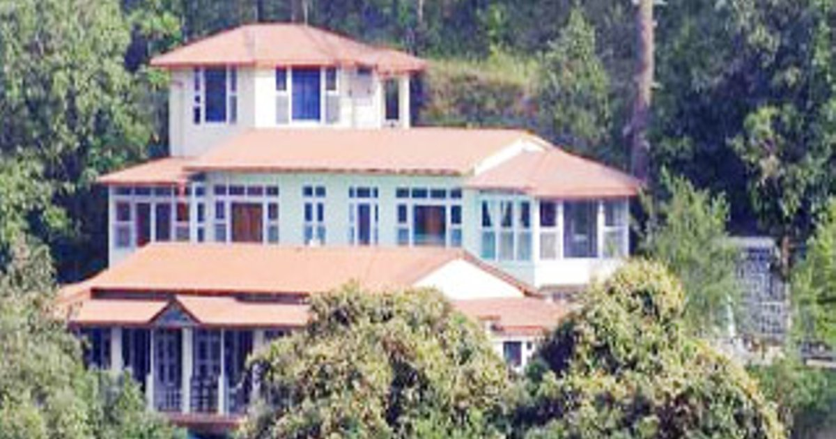 The Valley View Cottage Jungle Lodge, 18 kms away from Nainital