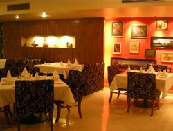 Allahabad hotels with restaurants