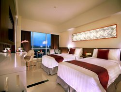 Malang hotels with swimming pool