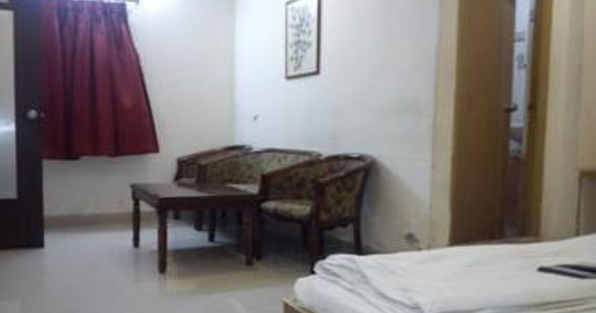 Vista Rooms near Nampally Station 2