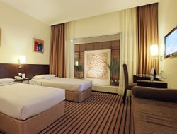 Batam Island hotels with swimming pool