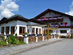 Oberaudorf hotels with restaurants