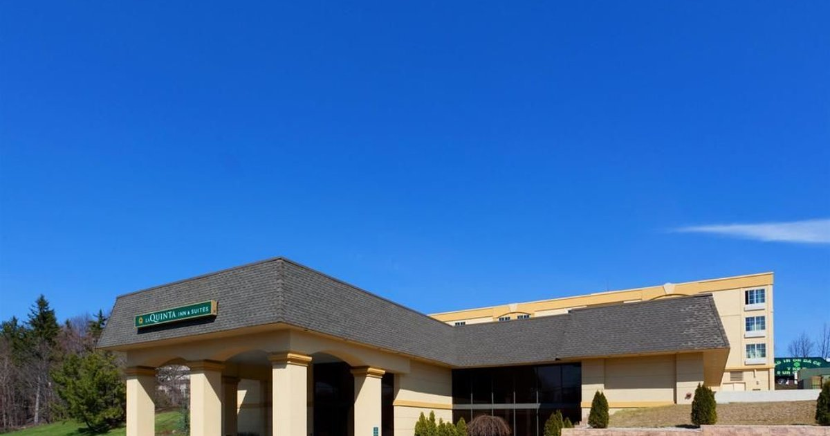 La Quinta Inn & Suites White Plains – Elmsford