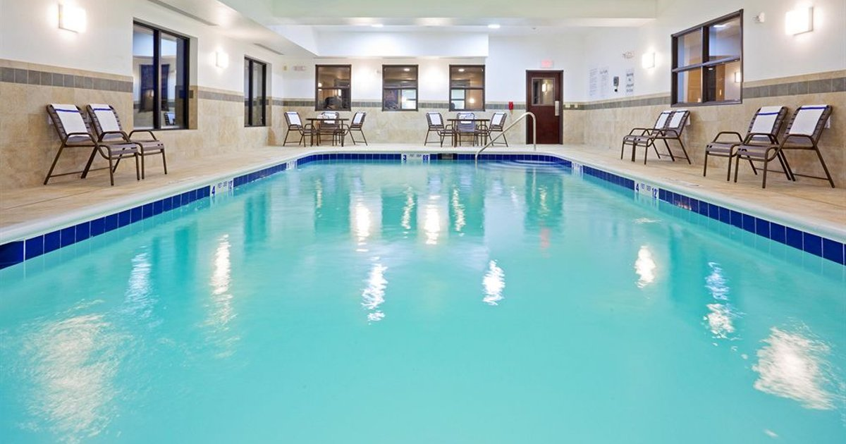 Holiday Inn Express Hotel & Suites Syracuse North Airport Area