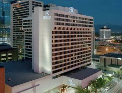 Top-10 hotels in the center of Salt Lake City