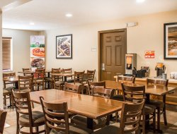 Business hotels in Traverse City