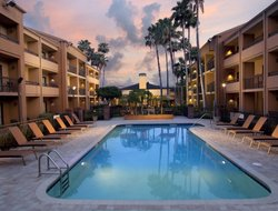 Business hotels in Pinellas Park