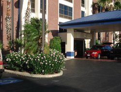 Harlingen hotels with restaurants