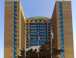 Rexdale hotels with restaurants