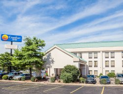 Business hotels in Collinsville