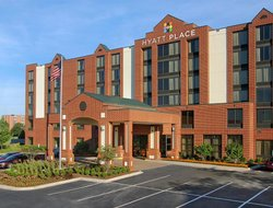 Business hotels in Robinson Township