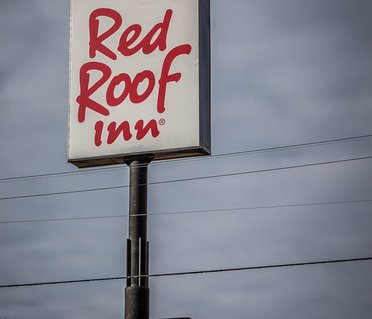 Red Roof Inn and Suites Muskegon Heights