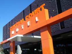 Warrnambool hotels with restaurants