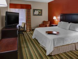 Midlothian hotels for families with children