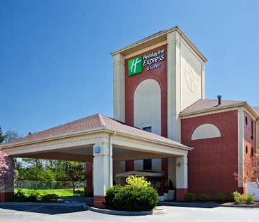 Holiday Inn Express Hotel & Suites Cincinnati Northeast-Milford