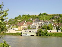 France hotels with river view
