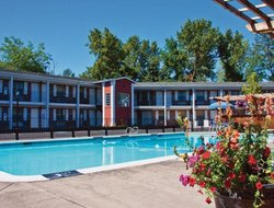 Medford hotels for families with children