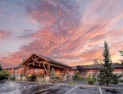 Business hotels in Bend
