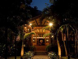 Honduras hotels with restaurants