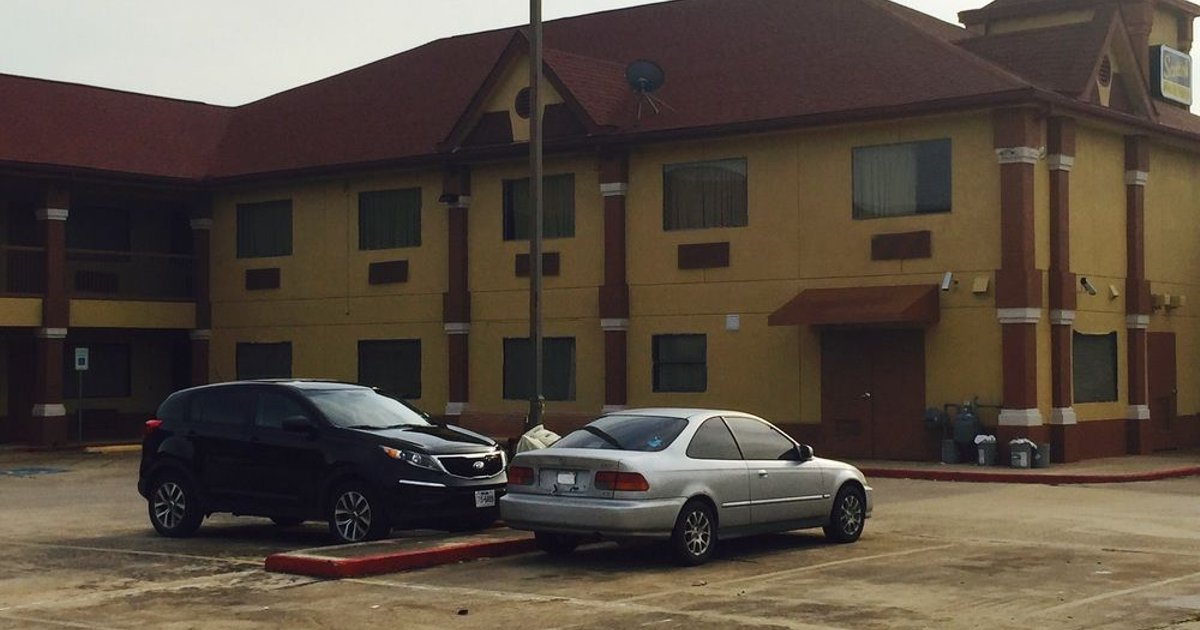 Scottish Inn & Suites Hobby Airport