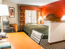 East Tulsa hotels for families with children