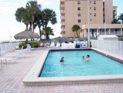 Madeira Beach hotels with swimming pool