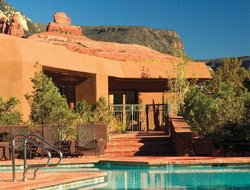 Sedona hotels with swimming pool