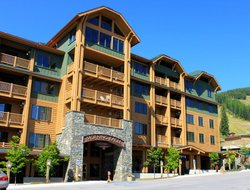 Whitefish hotels with restaurants