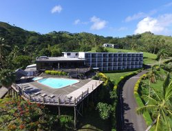 Savusavu hotels with swimming pool
