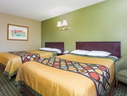 Pets-friendly hotels in Avondale