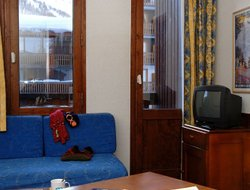 Val-d'Isere hotels with swimming pool