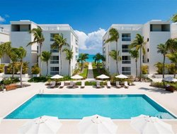 Top-8 hotels in the center of Grace Bay