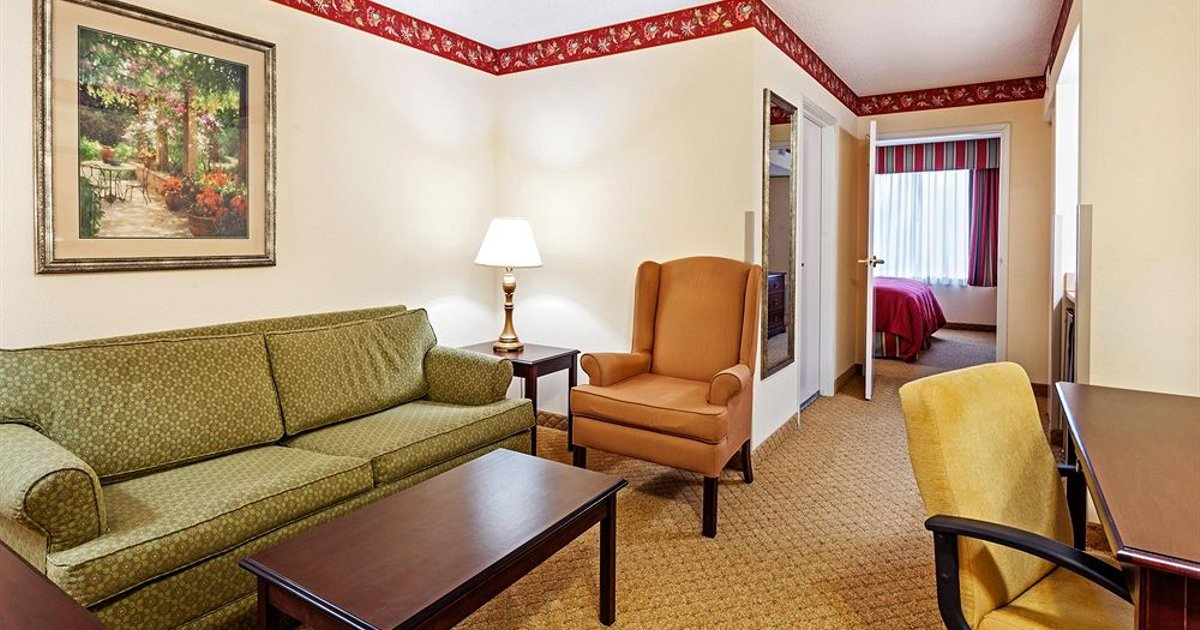 Country Inn & Suites by Radisson, Charleston North, SC