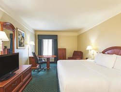 Pets-friendly hotels in Covington