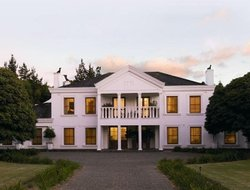 Grabouw hotels with restaurants