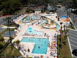 Surfside Beach hotels with restaurants