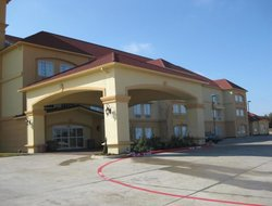 Glen Rose hotels with swimming pool