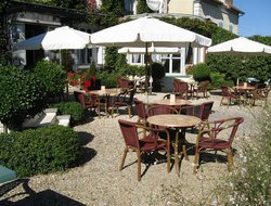 Pets-friendly hotels in Auxerre