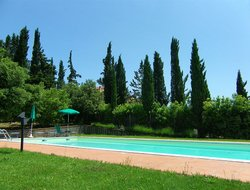 Villa del Monte hotels with swimming pool