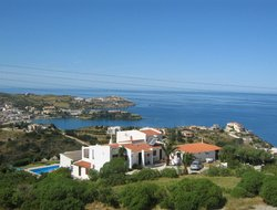 Agia Pelagia hotels with restaurants