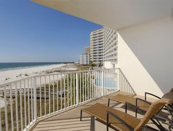 Gulf Shores hotels with swimming pool