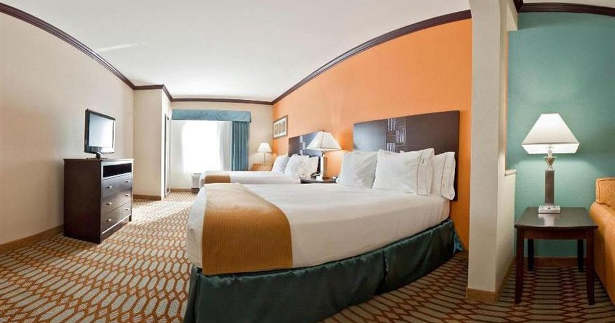 Holiday Inn Express Hotel & Suites Corpus Christi Portland