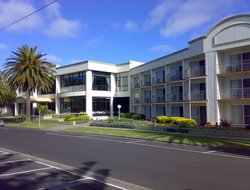 Phillip Island hotels with swimming pool