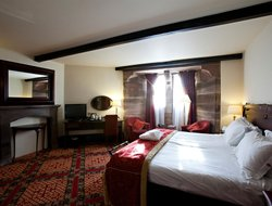 Tarporley hotels with restaurants