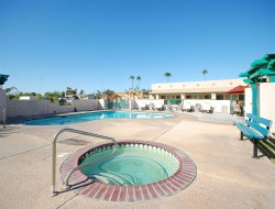 Pets-friendly hotels in Blythe
