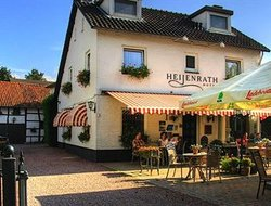 Heijenrath hotels with restaurants