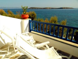 Drios hotels with sea view