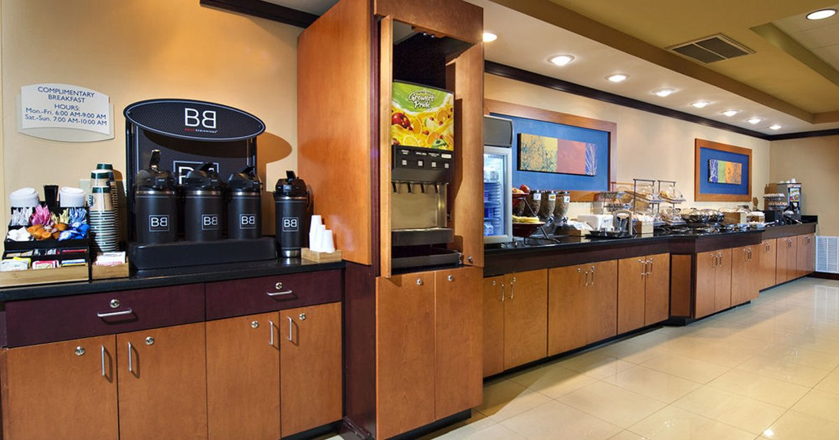 Fairfield Inn & Suites by Marriott Charleston Airport/Convention Center