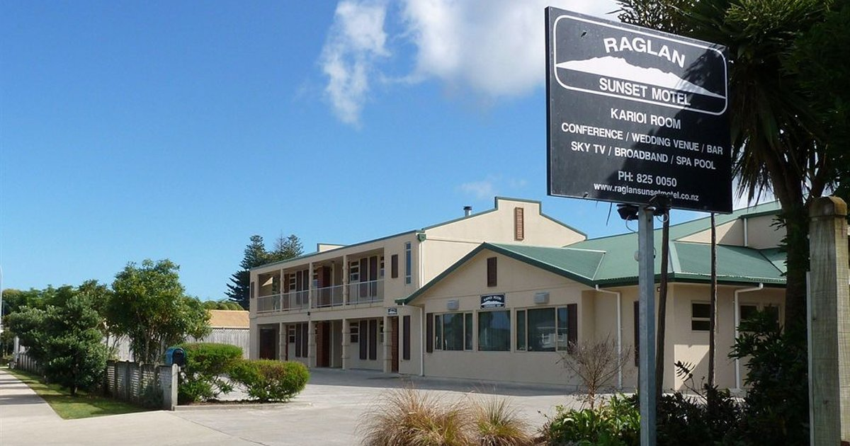 Raglan Sunset Motel and Conference Venue